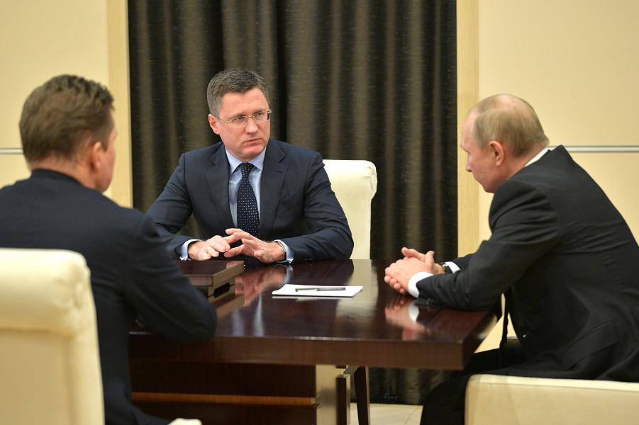 Встреча президента Путина с министром энергетики Новаком и главой Газпрома Миллером, 26.11.19, Ново-Огарево.png