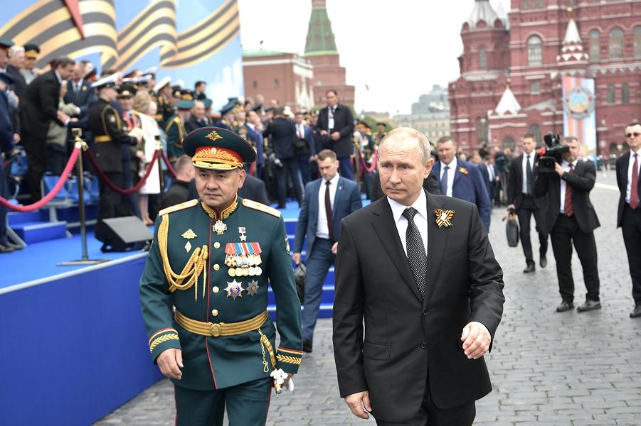 Парад в Москве, Путин и Шойгу.png