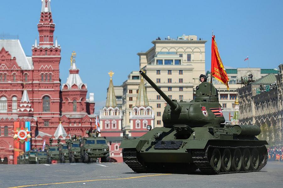 Парад Победы в Москве на Красной площади.png