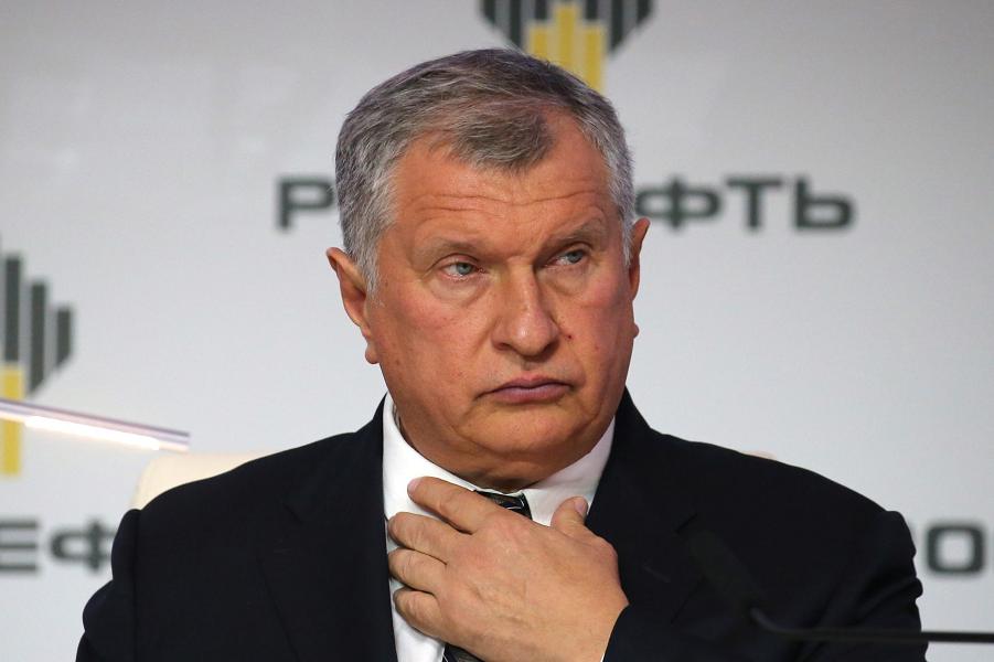 Игорь Сечин, глава Роснефти.png