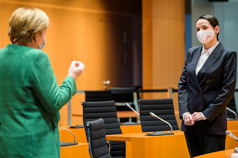 Тихановская встречается с Меркель, 6.10.20.png