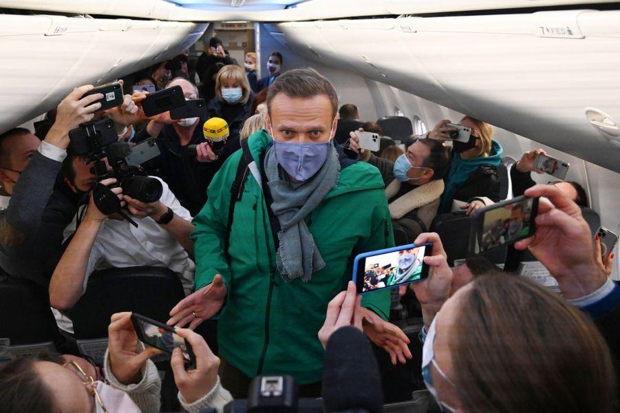 Навальный летит в Москву, 17.01.21.jpg