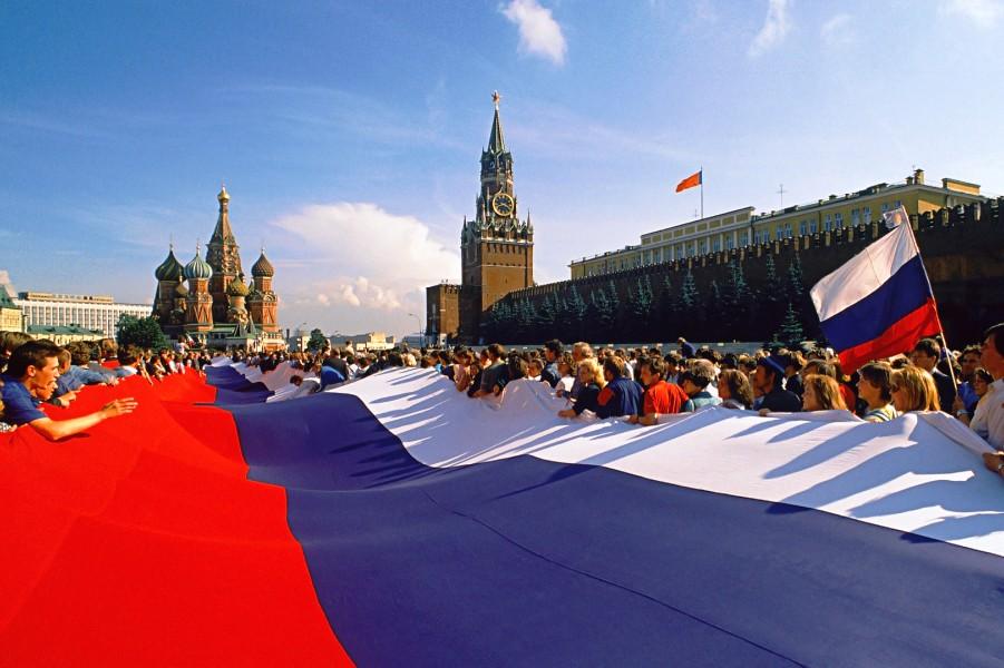 Флаг России на Красной площади.jpg