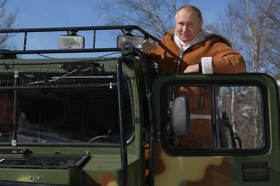 Путин и Шойгу в тайге, 20-21.03.21.png