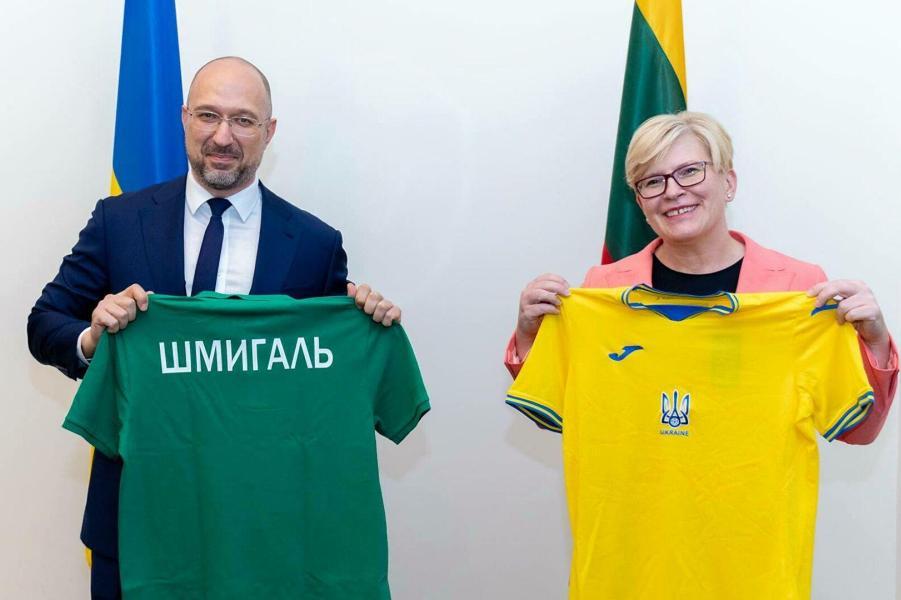 Премьер Литвы Ингрида Шимоните и премьер Украины Денис Шмыгаль, 9.07.21.jpg