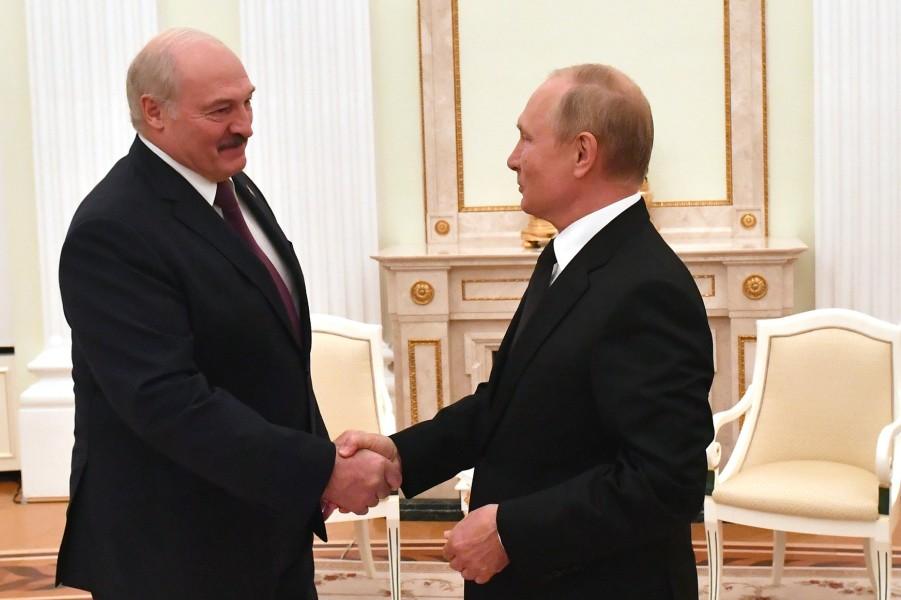 Путин принимает Лукашенко в Кремле, 9.09.21.jpg