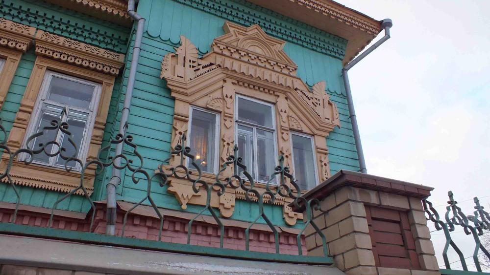 Окно дома Крест