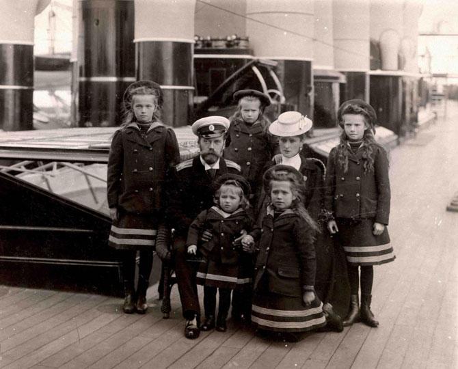 Семья последнего российского императора Николая II в неофициальной обстановке: viatcheslav