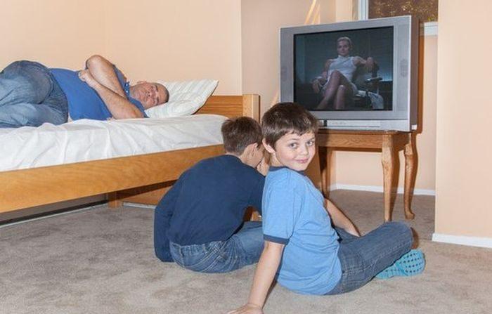 дочь сосет у брата и отца фото