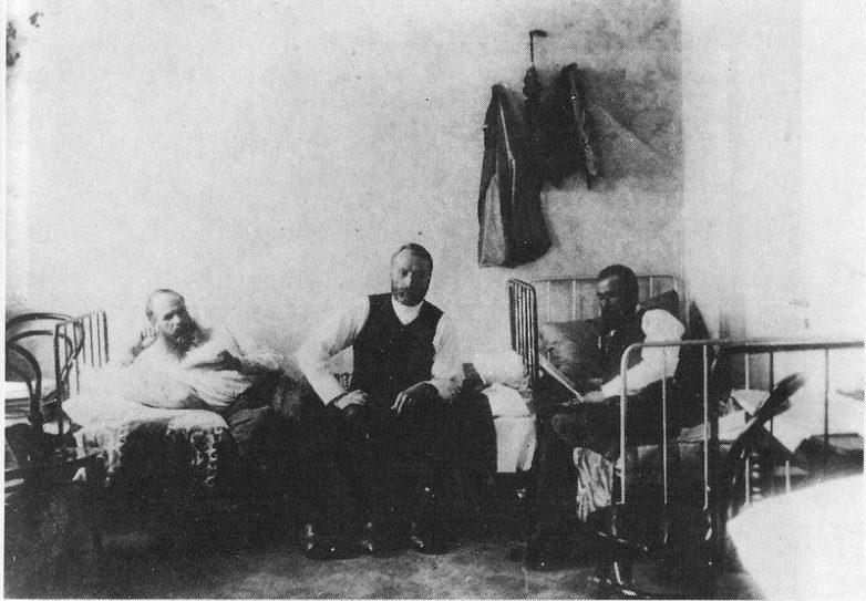 Федор Достоевский под арестом на гауптвахте