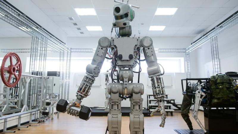 Робот Федор. На тренировке