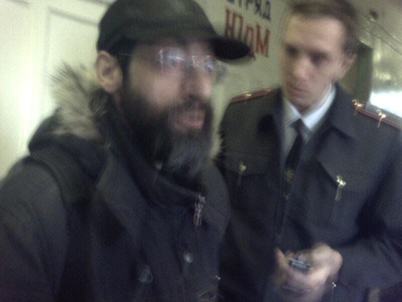 Попытка задержания Виктора Корба на избирательном участке