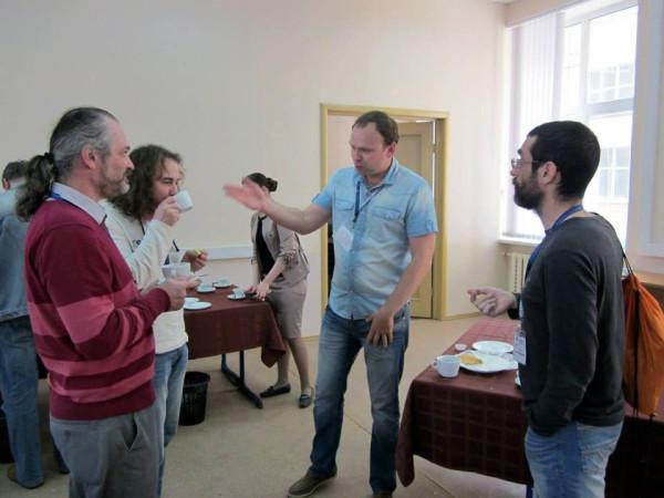 Коцюбинский, Корб, Крашенинников в кулуарах регионалистской конференции в ВШЭ в 2013 году
