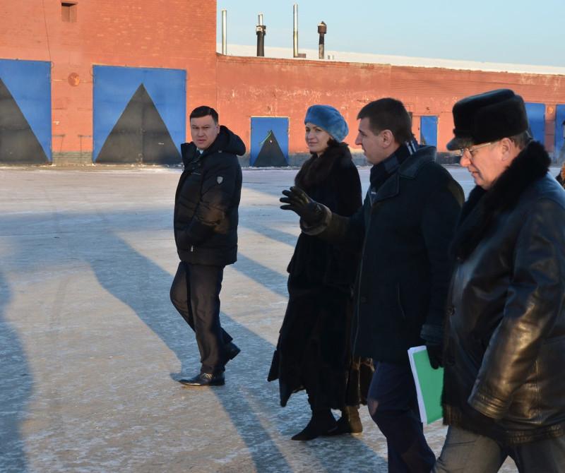 Мэр Омска Оксана Фадина инспектирует транспортное предприятие