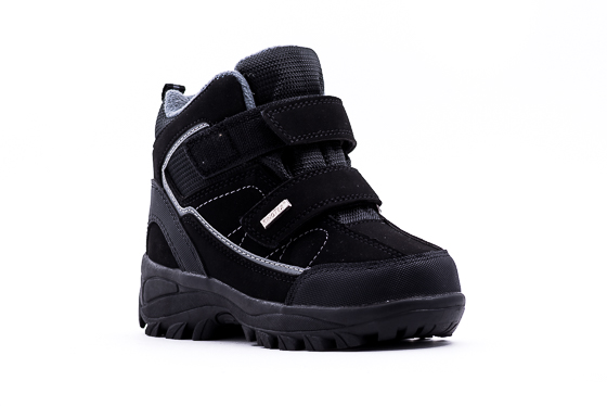 Выбираем обувь для мальчиков