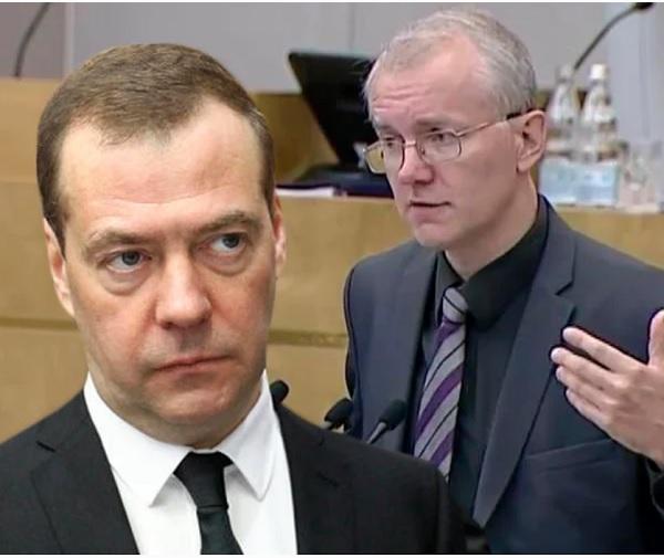 Депутат Шеин: суть реформ правительства Медведева — сокращение социальных прав россиян