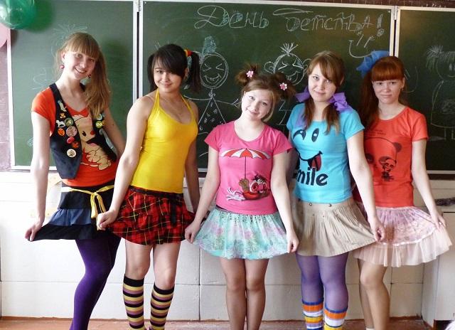 Школьникам запретят краситься и делать яркие стрижки.jpg