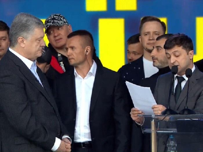 Порошенко пожаловался госсекретарю США на Зеленского