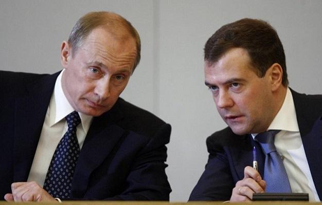 Медведева менять нельзя, так как он уже стал составной частью Путина