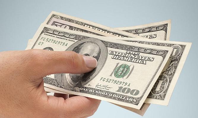 Эксперты: у курса доллара один путь — вниз