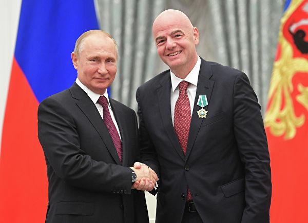 Президент в Кремле вручает госнаграды Матвиенко, Инфантино и Симоньян_2