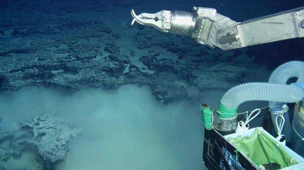 Японский батискаф обнаружил на дне Атлантики следы затонувшего континента