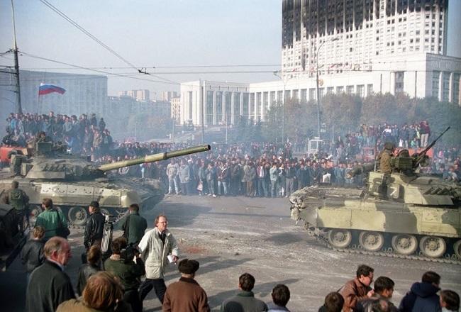 Могут ли ныне повториться события 1993 года?