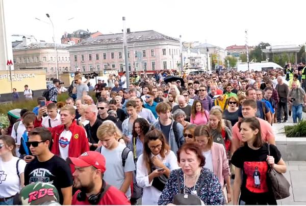 Почему на западе жить хорошо, а в России - не очень?
