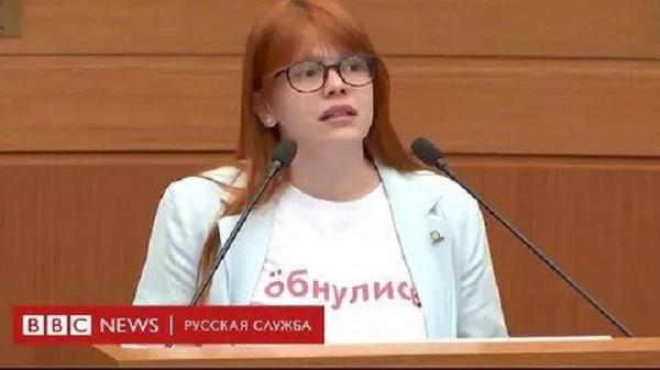Наутро депутат Дарья Беседина проснулась звездой Мосгордумы...