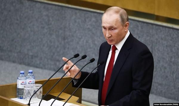 В Кремле задумались о переносе голосования по Конституции