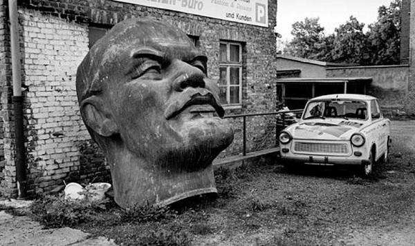 Ленину было не легче, но он смог воплотить его проект. А мы свой – нет