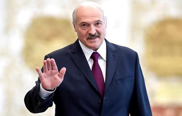 Почему Лукашенко не верит в Коронавирус