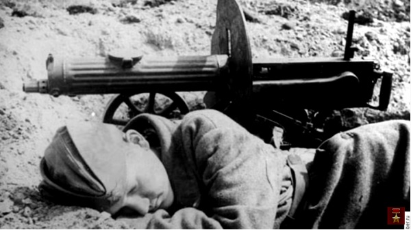 «Он своё отстоял»- Герой Пулемётчик Уничтожил пол Батальона Немецких Солдат