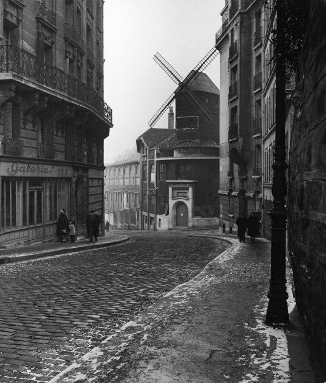 131121-paris-1946-moulin-rouge-07