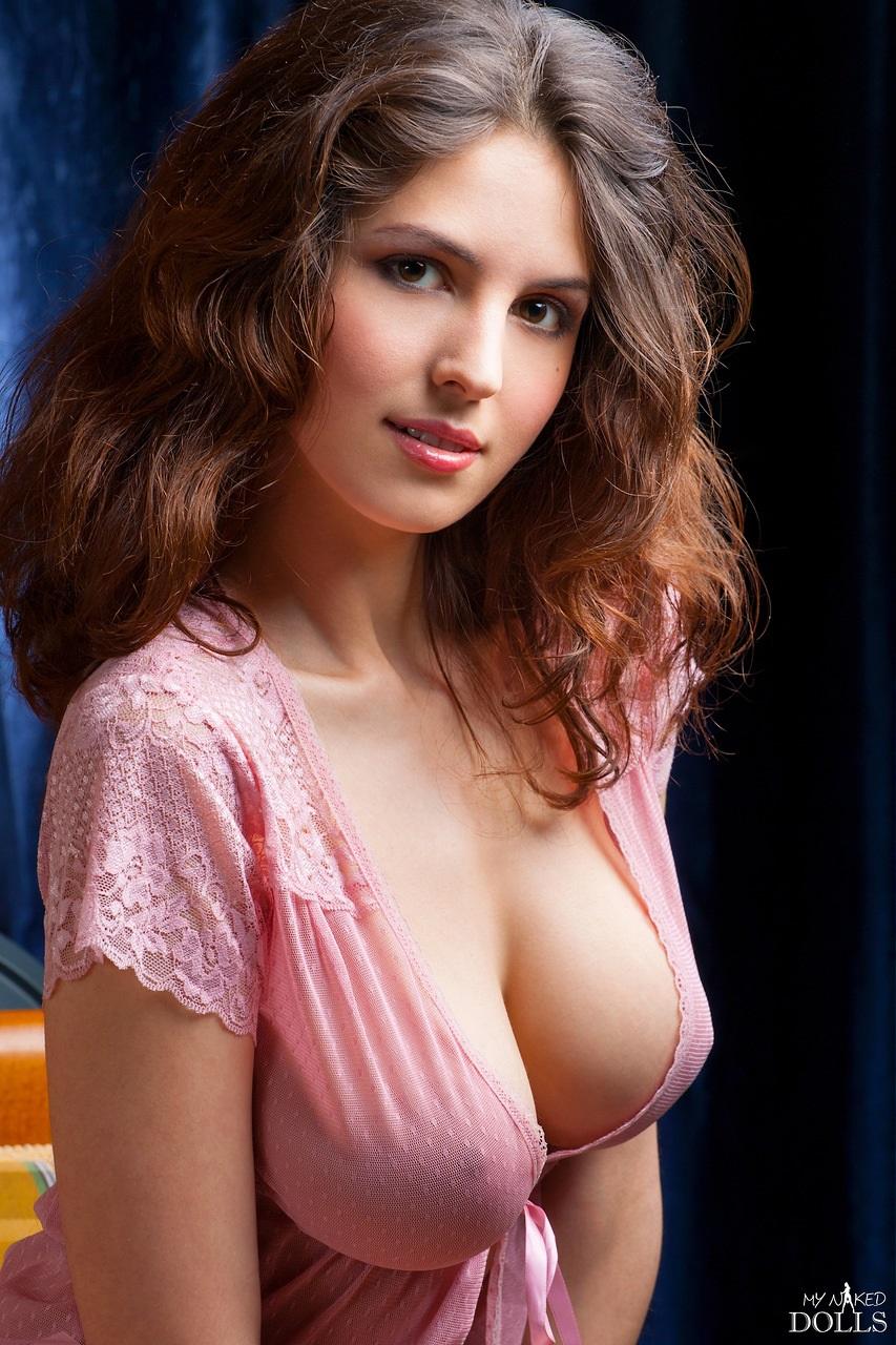 Русская женщина обильно кончает 23 фотография