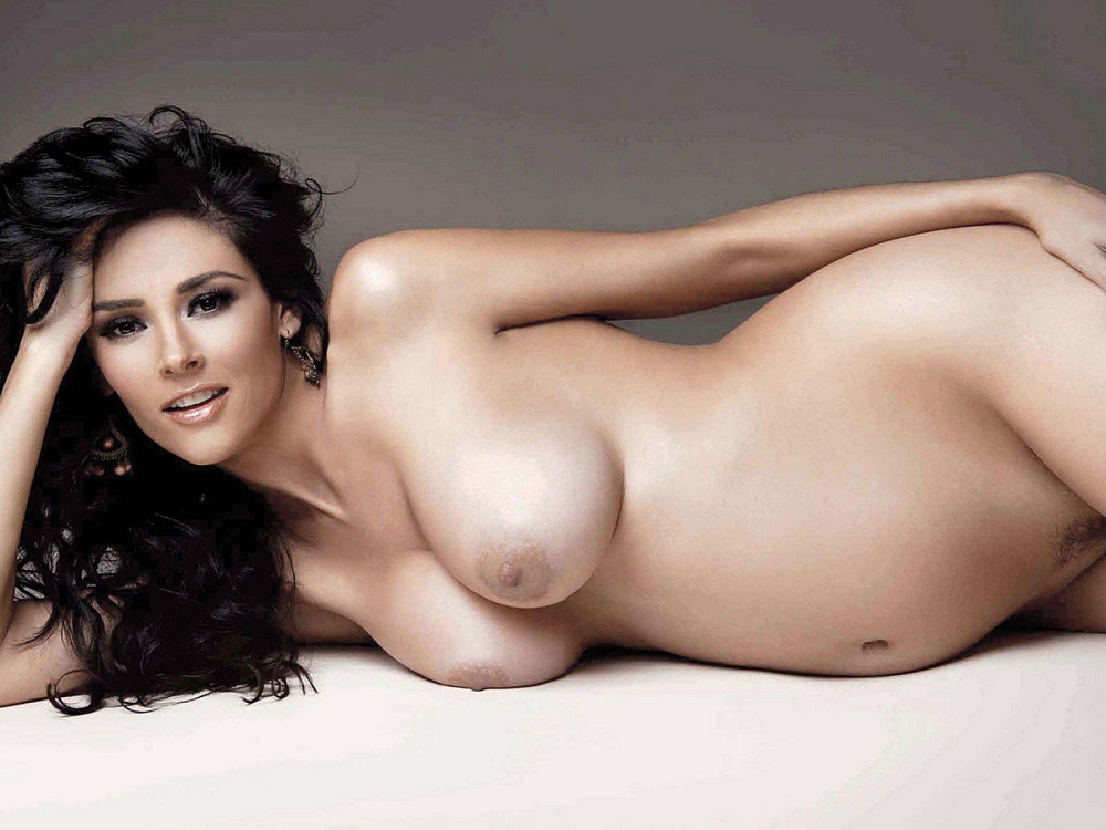hot-nude-and-topless-women-photos-katy-proce-naked