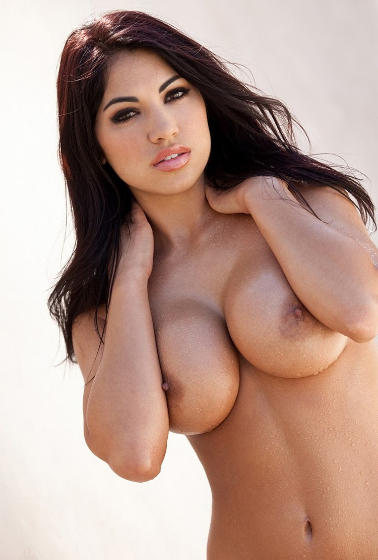 moving-pics-of-girls-with-big-boobs-nude