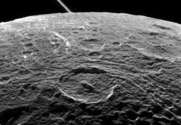Китай покорил темную сторону Луны до NASA и Роскосмоса