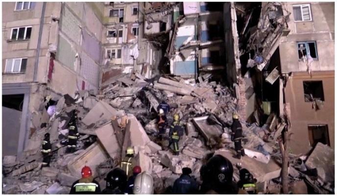 Взрывчатка в ТЦ, четверо убитых и молчание силовиков