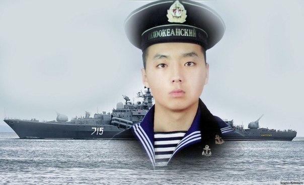 Герой России Алдар Цыденжапов спас 300 человек и корабль