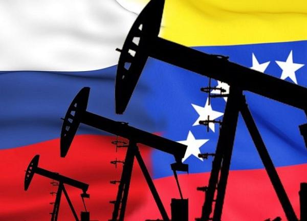 Почему Кремль за Мадуро? Потому что он убил нефтедобычу в Венесуэле?