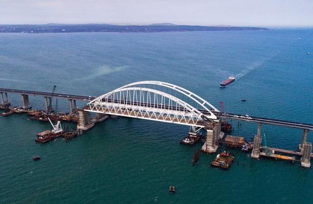 Уйдет ли под землю Крымский мост?