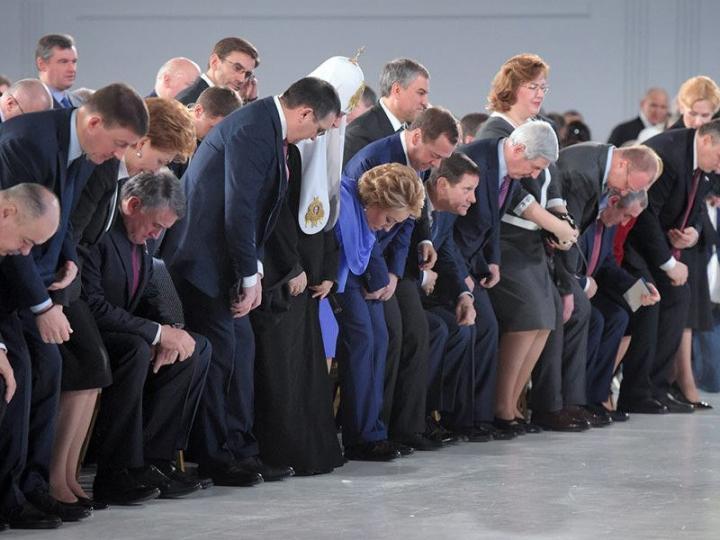 Путин толкнул спич съезду вредителей-расхитителей