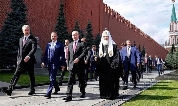 Что происходит - или как устроено мышление обитателей Кремля