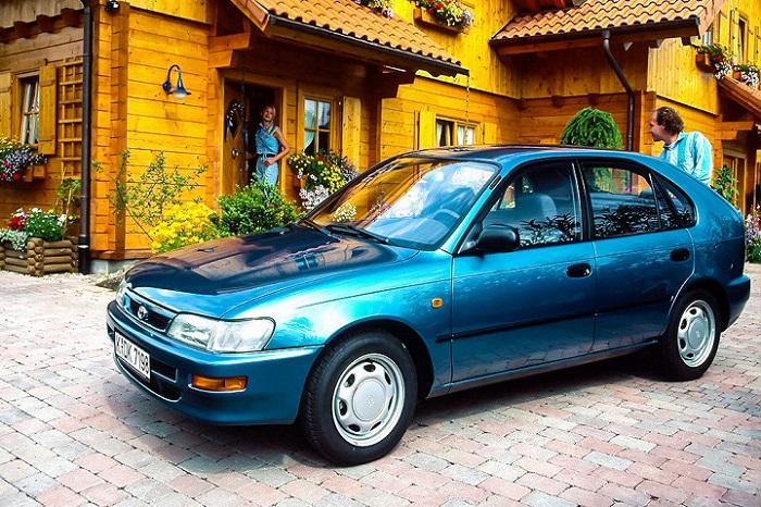 Денег нет, а машину хочется. Что купить за 100 тысяч рублей?