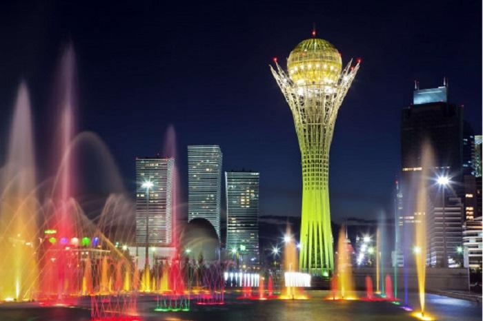 Столица Казахстана Астана переименована в Нур-Султан