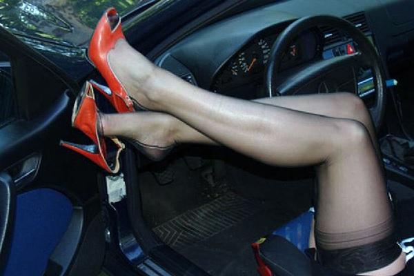 Странная выходка зрелой женщины в такси