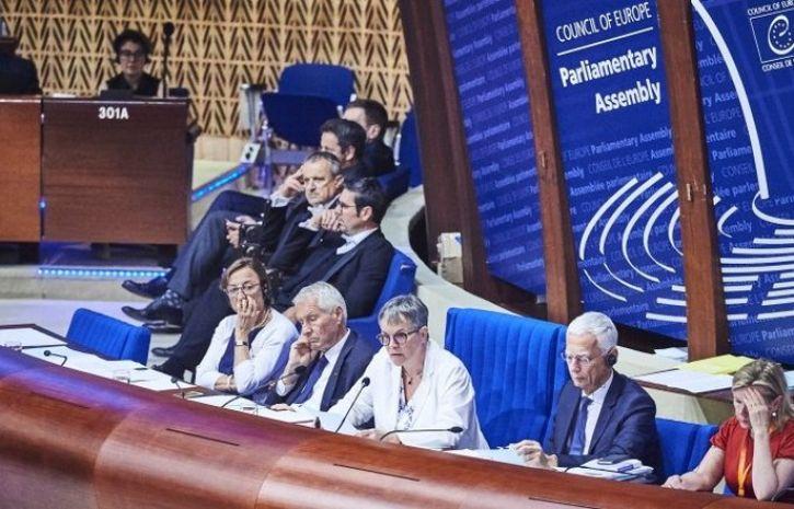 Бюрократия родная – или зачем нужно России возвращение в ПАСЕ