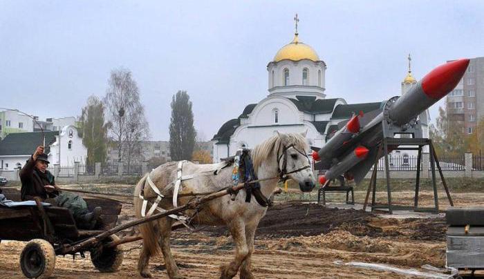 Что нашей армии нужнее – храмы или ракеты?
