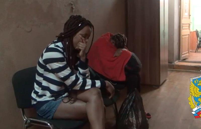 Полицейские накрыли в Воскресенске притоны с африканскими проститутками